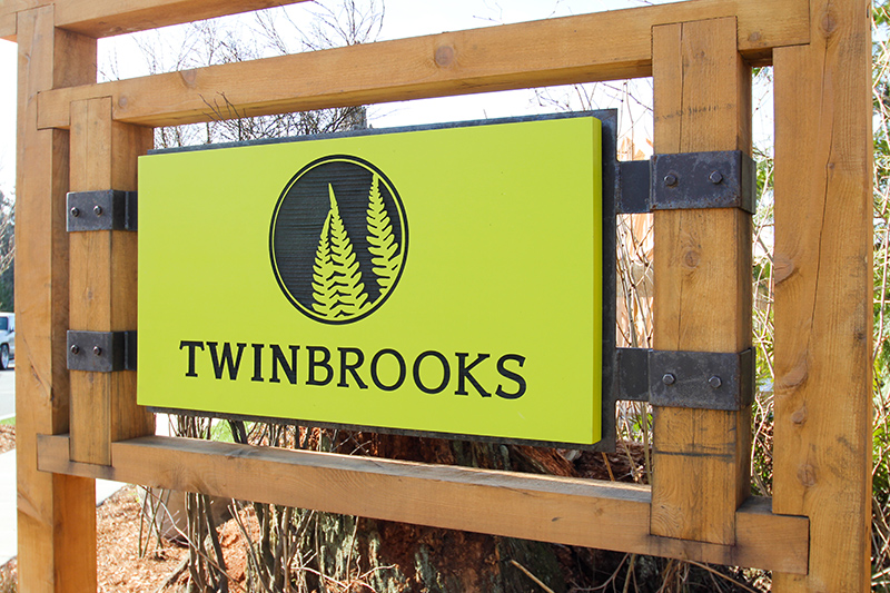 Landed Gentry TwinBrooks main Entrance Sign